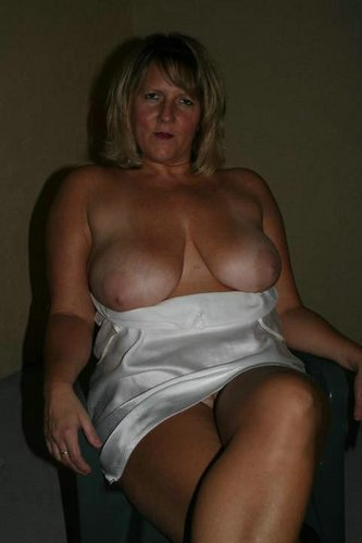 Pute а gros seins Frotey-lиs-Lure